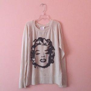 Sweaters - Marilynn Monroe sweater